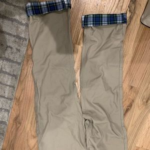 Vineyard vines khakis